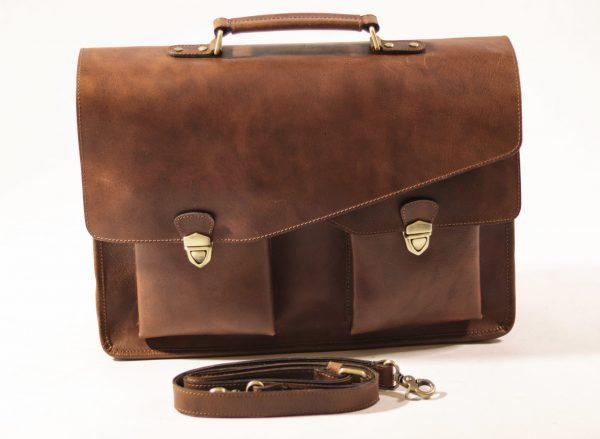 Aktówka skórzana w kolorze brązowym Corno d'oro mieszcząca laptopa 15,6 i dokumenty A4