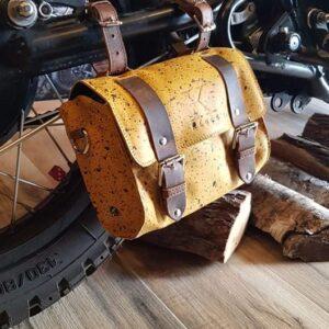 wygodna torba skórzana na motocykl